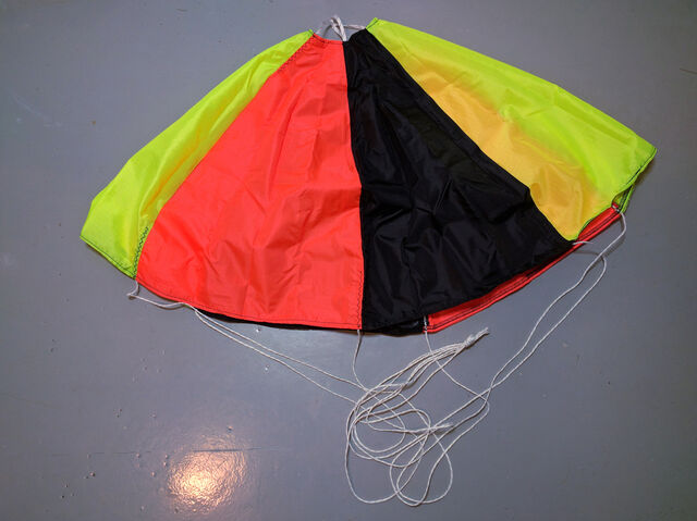 Spherachute 36-inch parachute